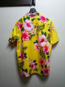 アロハシャツ黄色背面.JPG